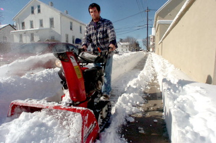 anthony running snow Blower